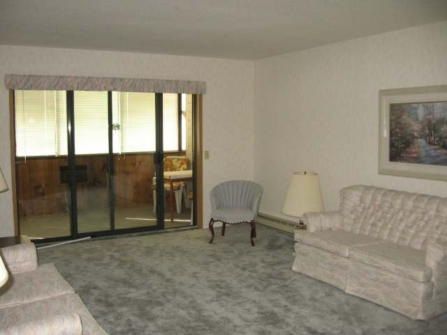 Photo 2: 187 WARREN AVE W in Penticton: Other for sale (101)  : MLS® # 132765