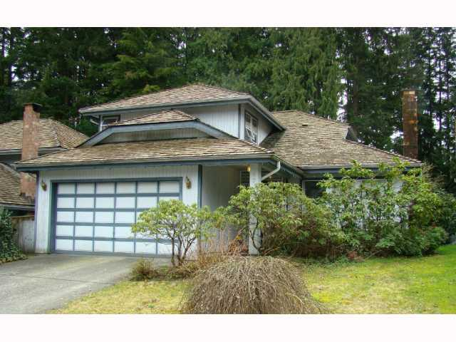 "Main Photo: 4715 WOODROW CR in North Vancouver: Lynn Valley House for sale in ""Timber Ridge"" : MLS®# V814737"