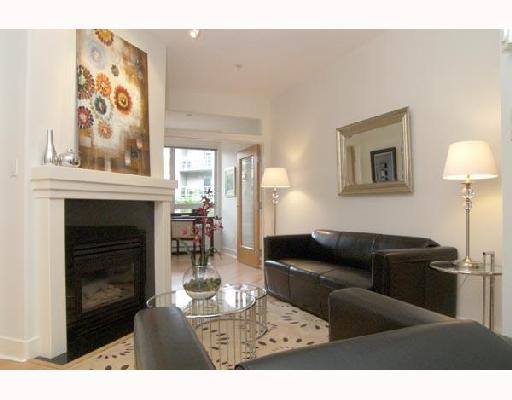 "Main Photo: 115 1823 W 7TH Avenue in Vancouver: Kitsilano Condo for sale in ""CARNEGIE"" (Vancouver West)  : MLS® # V663366"