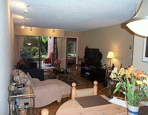 "Photo 4: 102 2320 W 40TH Ave in Vancouver: Kerrisdale Condo for sale in ""MANOR GARDENS"" (Vancouver West)  : MLS® # V646054"