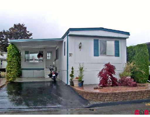 "Main Photo: 37 15875 20TH Avenue in White_Rock: King George Corridor Manufactured Home for sale in ""Searidge Park"" (South Surrey White Rock)  : MLS®# F2713906"