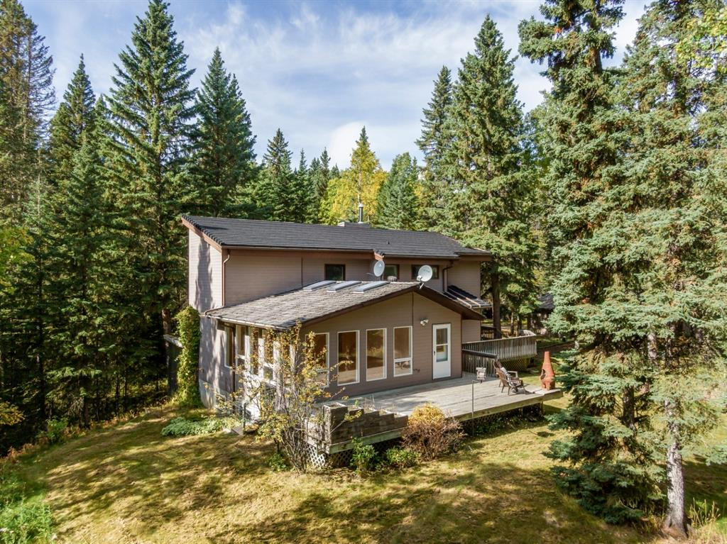 FEATURED LISTING: 132 - 5417 Highway 579 Rural Mountain View County
