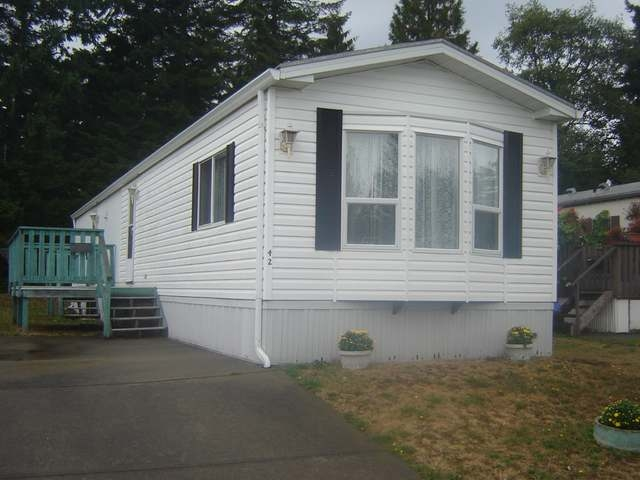 Main Photo: 390 COWICHAN AVE in COURTENAY: Manufactured/Mobile for sale (#42)  : MLS(r) # 304122