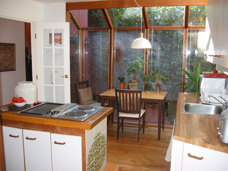 sunny kitchen and nook