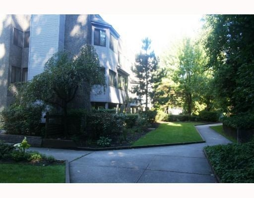 Photo 10: # 311 9880 MANCHESTER DR in Burnaby: Condo for sale : MLS® # V786952