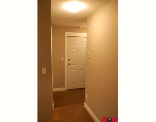Photo 3: # 311 32725 GEORGE FERGUSON WY in Abbotsford: Condo for sale : MLS® # F2904044