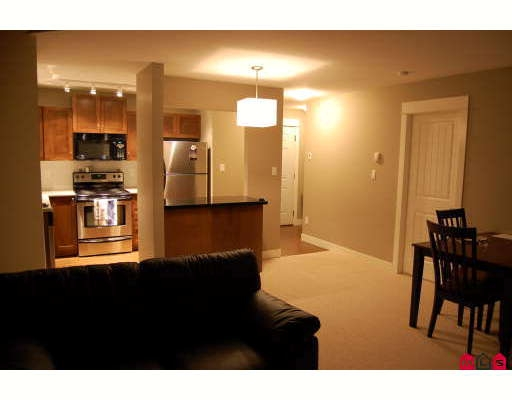 Photo 5: # 311 32725 GEORGE FERGUSON WY in Abbotsford: Condo for sale : MLS® # F2904044