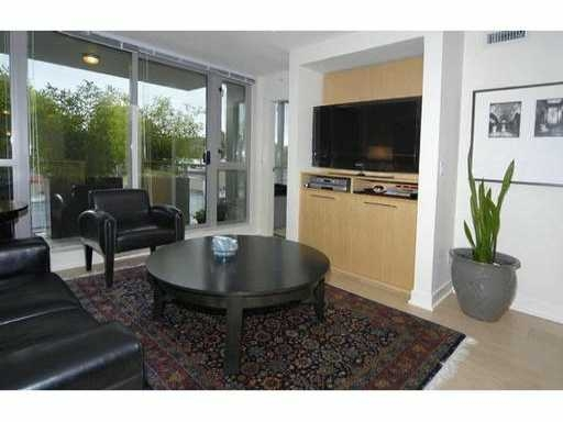 "Main Photo: 429 - 2008 Pine Street in Vancouver: False Creek Condo for sale in ""Mantra"" (Vancouver West)  : MLS® # V852165"