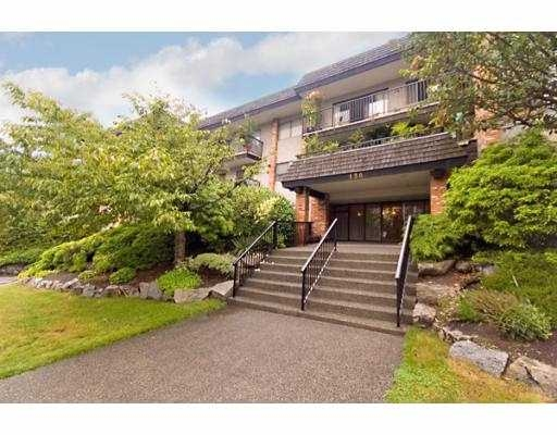 Main Photo: 207 138 W 18th Street in North Vancouver: Central Lonsdale Condo for sale : MLS(r) # V660525