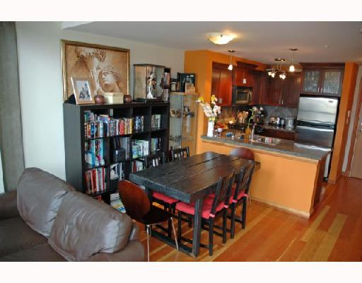 "Photo 4: 104 7 RIALTO Court in New_Westminster: Quay Condo for sale in ""MURANO LOFTS"" (New Westminster)  : MLS(r) # V710594"
