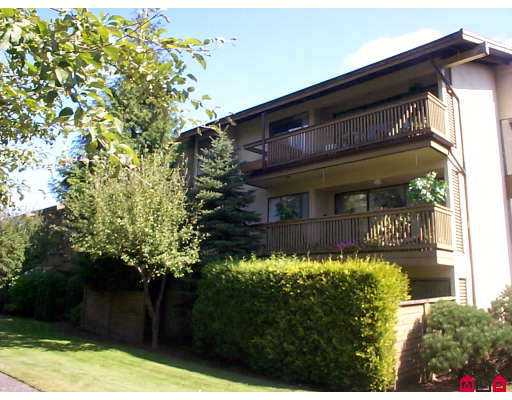 "Main Photo: 304 14935 100TH Avenue in Surrey: Guildford Condo for sale in ""Forest Manor"" (North Surrey)  : MLS® # F2723140"
