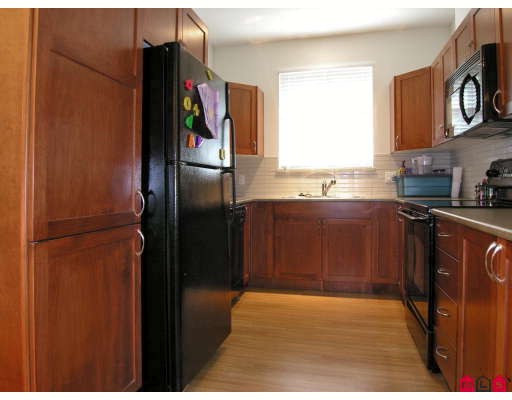 "Photo 2: 410 33318 BOURQUIN Crescent in Abbotsford: Central Abbotsford Condo for sale in ""NATURES GATE"" : MLS® # F2801735"