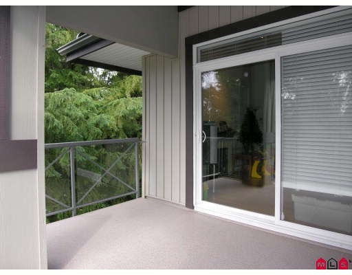 "Photo 7: 410 33318 BOURQUIN Crescent in Abbotsford: Central Abbotsford Condo for sale in ""NATURES GATE"" : MLS® # F2801735"
