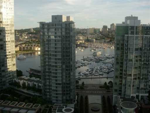"Photo 8: 2607 1009 EXPO BV in Vancouver: Downtown VW Condo for sale in ""LANDMARK 33"" (Vancouver West)  : MLS® # V608733"