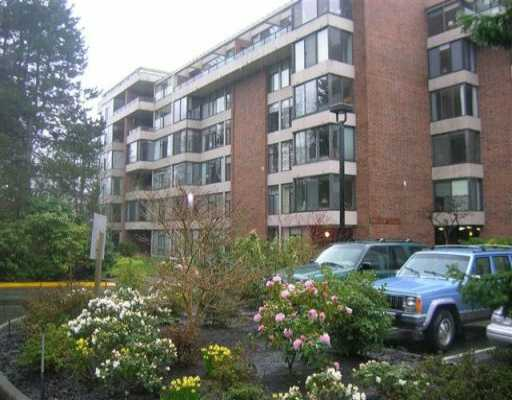 Main Photo: 4101 YEW Street in Vancouver: Quilchena Condo for sale (Vancouver West)  : MLS® # V634275