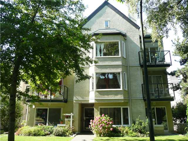 "Main Photo: # 104 1554 BURNABY ST in Vancouver: West End VW Condo for sale in ""MCCOY MANOR"" (Vancouver West)  : MLS®# V846416"