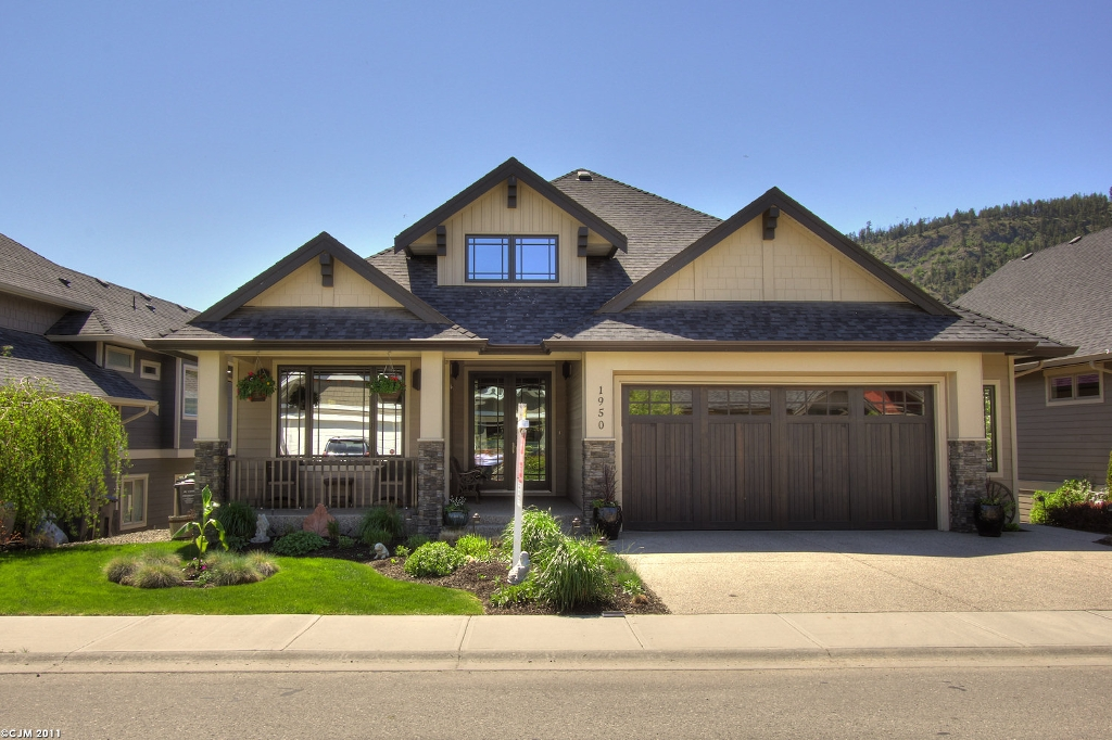 Main Photo: 1950  Hidden Lake Place in Kelowna: North Glenmore Residential Detached for sale : MLS® # 10023986