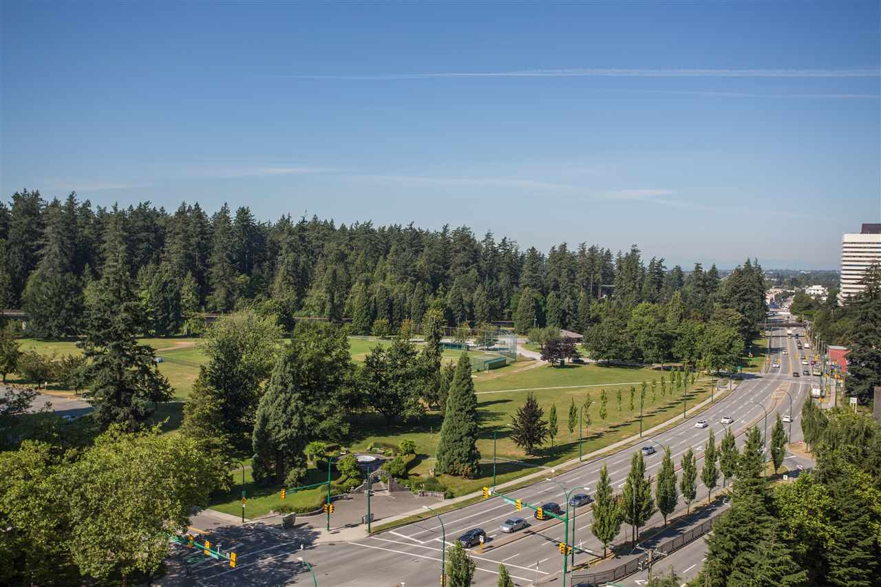 FEATURED LISTING: 1506 - 5645 BARKER Avenue Burnaby