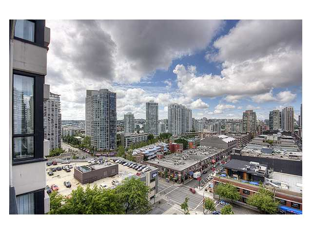 "Photo 8: # 1410 977 MAINLAND ST in Vancouver: Downtown VW Condo for sale in ""YALETOWN PARK 3"" (Vancouver West)  : MLS(r) # V836705"