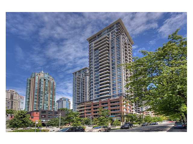 "Main Photo: # 1410 977 MAINLAND ST in Vancouver: Downtown VW Condo for sale in ""YALETOWN PARK 3"" (Vancouver West)  : MLS® # V836705"