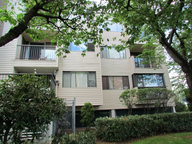 FEATURED LISTING: 308 - 32733 EAST BROADWAY Street ABBOTSFORD