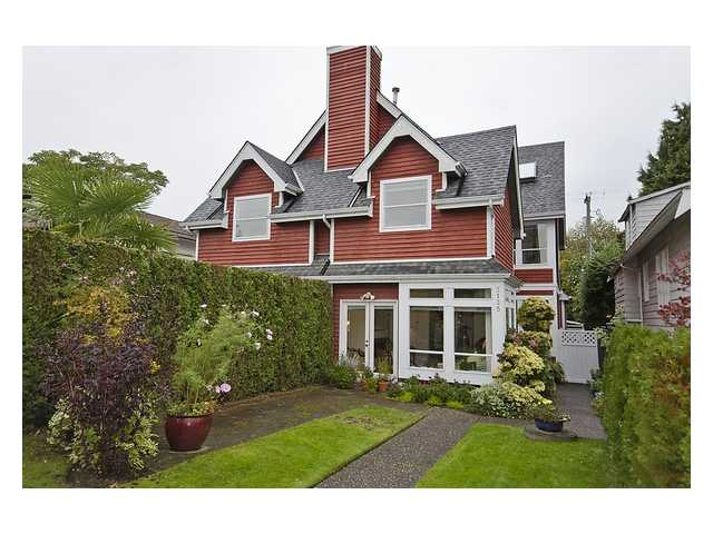 FEATURED LISTING: 3125 5TH Avenue West Vancouver