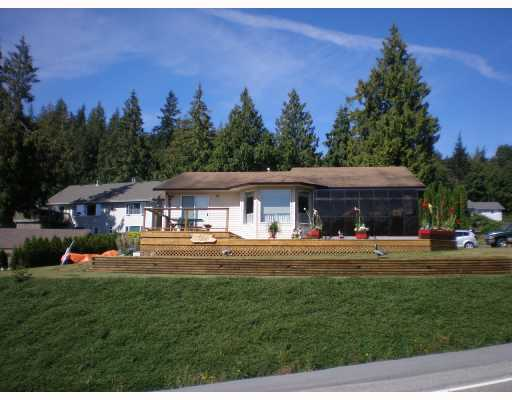 Main Photo: 6129 FAIRWAY Avenue in Sechelt: Sechelt District House for sale (Sunshine Coast)  : MLS(r) # V664192