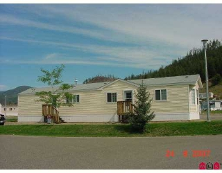 "Main Photo: 33 4510 POWER Road in No_City_Value: FVREB Out of Town Manufactured Home for sale in ""Sunset Heights M.H. Park"" : MLS®# F2724354"