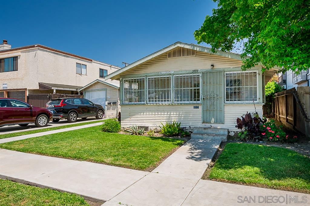 FEATURED LISTING: 3769-71 36th Street San Diego