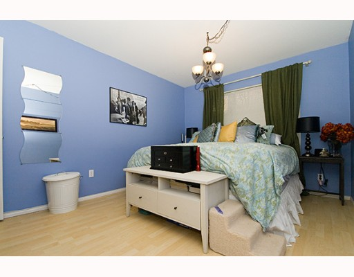 "Photo 6: 1009 HOWAY Street in New Westminster: Uptown NW Condo for sale in ""HUNTINGTON WEST"" : MLS(r) # V637575"