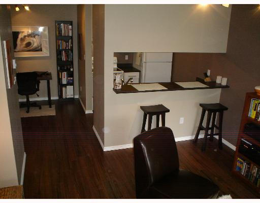 "Photo 2: 1775 W 10TH Ave in Vancouver: Fairview VW Condo for sale in ""STANFORD COURT"" (Vancouver West)  : MLS® # V638977"
