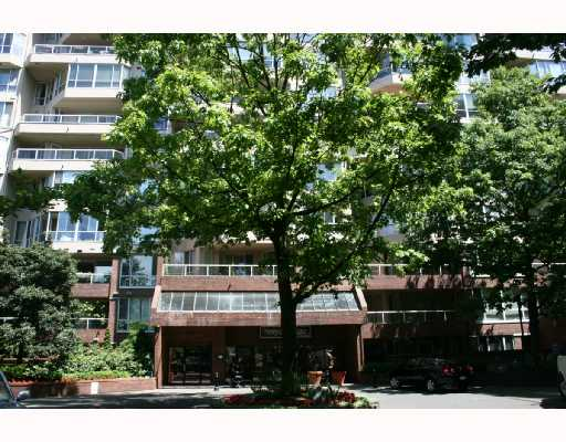 "Main Photo: 407 518 MOBERLY Road in Vancouver: False Creek Condo for sale in ""NEWPORT QUAY"" (Vancouver West)  : MLS(r) # V657100"