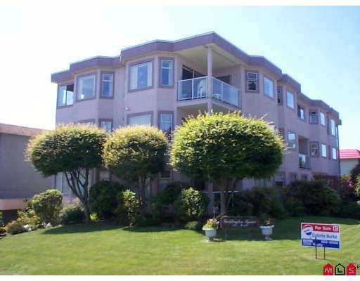 "Main Photo: 4 1291 FOSTER Street in White_Rock: White Rock Condo for sale in ""Geddington"" (South Surrey White Rock)  : MLS(r) # F2719925"