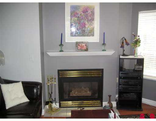 "Photo 2: 106 5765 GLOVER Road in Langley: Langley City Condo for sale in ""College Court"" : MLS® # F2712182"