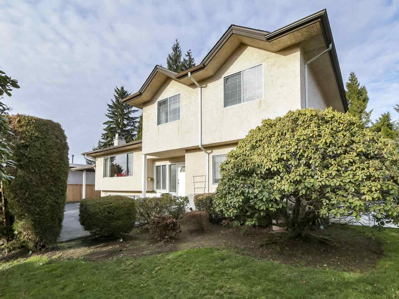 FEATURED LISTING: 7939 BURNLAKE Drive Burnaby