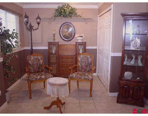 "Photo 9: 35343 SANDY HILL Road in Abbotsford: Abbotsford East House for sale in ""SANDYHILL"" : MLS® # F2705793"