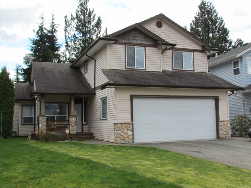 FEATURED LISTING: 32982 HAWTHORNE Avenue ABBOTSFORD