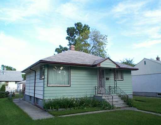 Main Photo: 499 AIRLIES Street in Winnipeg: North End Single Family Detached for sale (North West Winnipeg)  : MLS(r) # 2510861