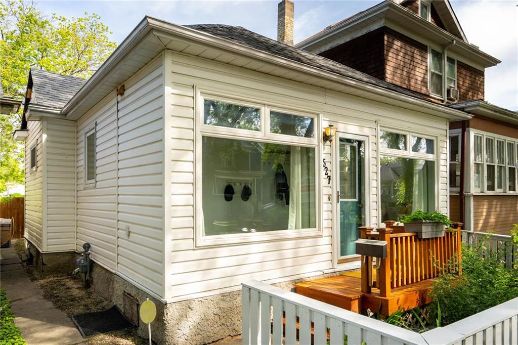 FEATURED LISTING: 527 Walker Avenue Winnipeg