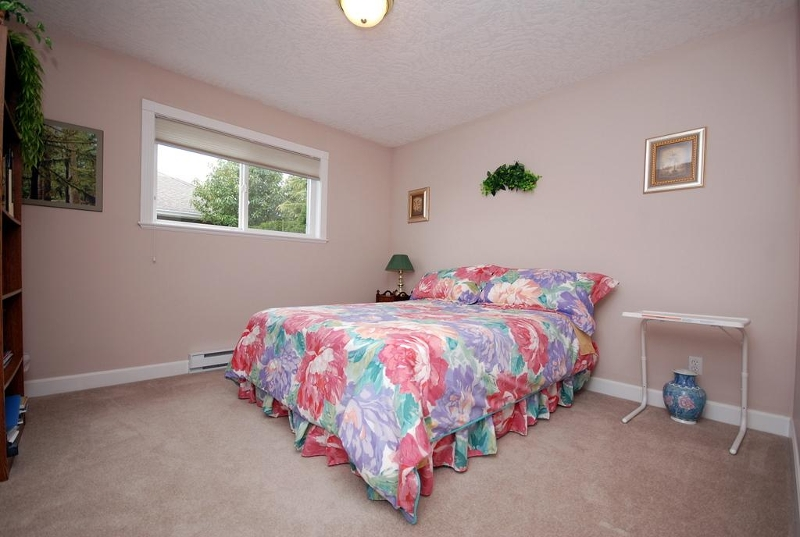 Photo 14: 1282 Geric Pl in Victoria: Residential for sale : MLS(r) # 269222