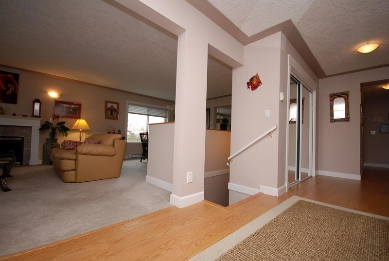 Photo 20: 1282 Geric Pl in Victoria: Residential for sale : MLS® # 269222