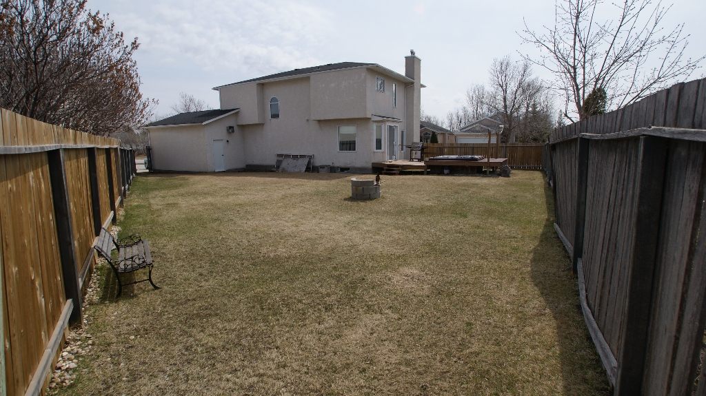 Photo 5: 365 Jacques Avenue in Winnipeg: North Kildonan Residential for sale (North East Winnipeg)