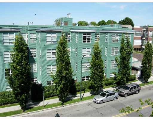 "Main Photo: 109 8989 HUDSON Street in Vancouver: Marpole Condo for sale in ""NAUTICA"" (Vancouver West)  : MLS®# V707567"
