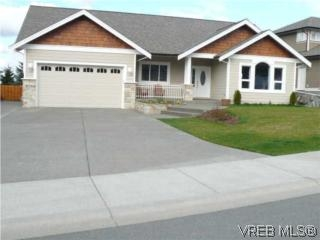 Main Photo: 598 Cottyn Way: Residential for sale : MLS® # 261136