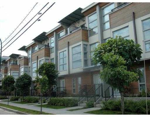 Main Photo: 26 638 West 6th Avenue: Condo for sale : MLS® # V811193