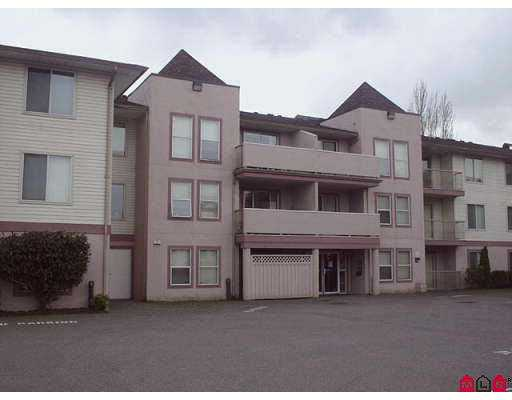 "Main Photo: 309 45702 WATSON Road in Sardis: Vedder S Watson-Promontory Condo for sale in ""GLENDALE MANOR"" : MLS® # H2704533"