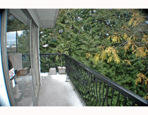 "Photo 6: 307 2330 MAPLE Street in Vancouver: Kitsilano Condo for sale in ""MAPLE GARDENS"" (Vancouver West)  : MLS(r) # V680162"