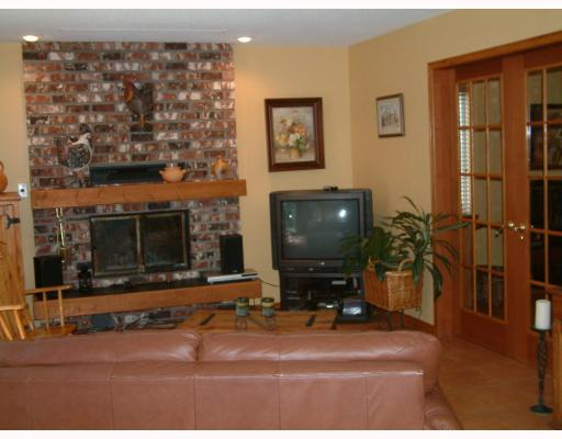 Photo 3: 23850 128TH Avenue in Maple_Ridge: East Central House for sale (Maple Ridge)  : MLS(r) # V707888