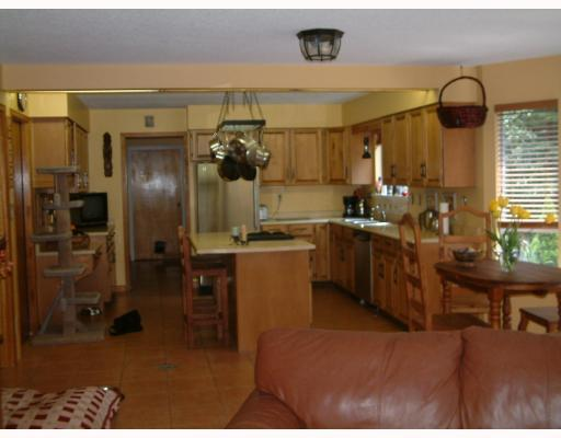 Photo 5: 23850 128TH Avenue in Maple_Ridge: East Central House for sale (Maple Ridge)  : MLS(r) # V707888
