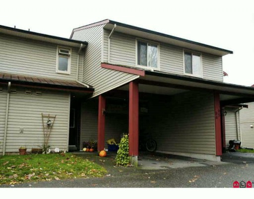 "Main Photo: 64 27456 32 Avenue in Langley: Aldergrove Langley Townhouse for sale in ""Cedar Park"" : MLS® # F2925355"